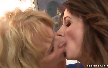 Teen and mature lesbian women fooling around
