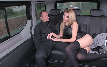 Messy rich golden is using every chance to tear alongside her driver, in the connected with of a limo